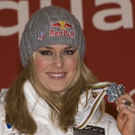 © ASP Red Bull - Lindsey Vonn keeps collecting World Championship medals. After two silver medals at Are (SWE) and two gold medal at Val dIsere (FRA), the silver medal of the downhill at Garmisch is Lindseys fifth world championship medal.