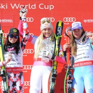 © ASP Red Bull/Erich Spiess - Méribel SG podium (from left to right): A. Fenninger (AUT, 2nd), L. Vonn (USA, 1st) and T. Maze (SLO, 3rd)